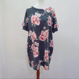 Flaunt Boutique Chris & Carol Floral Dress Medium